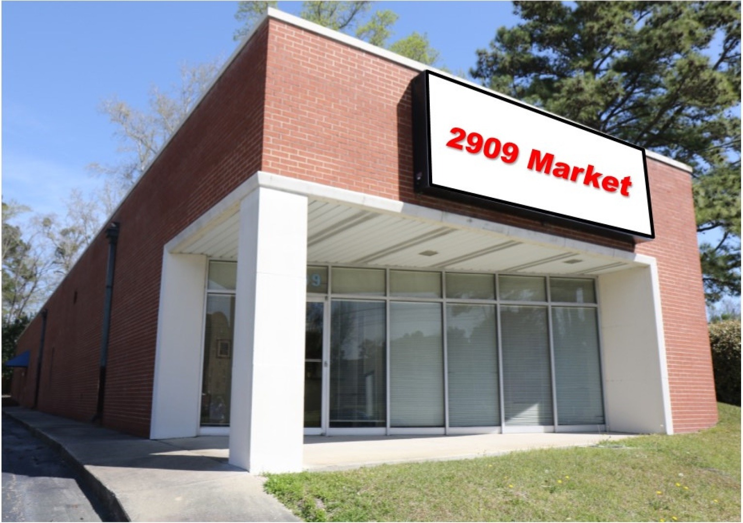 Highly Visible & High Traffic Office Location on Market Street